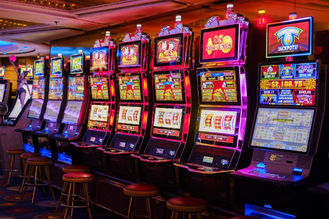 Ho To Online Casino Without Leaving Your Office