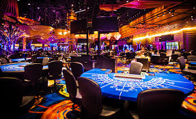 What are Online Casinos and How to Play them?